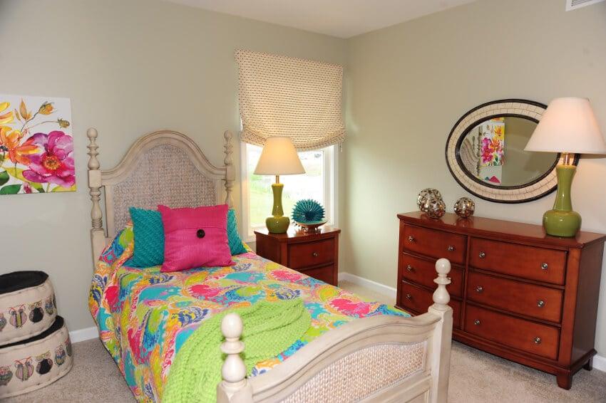 50-Boxelder-Amherst-NY-Model-Home-bedroom3