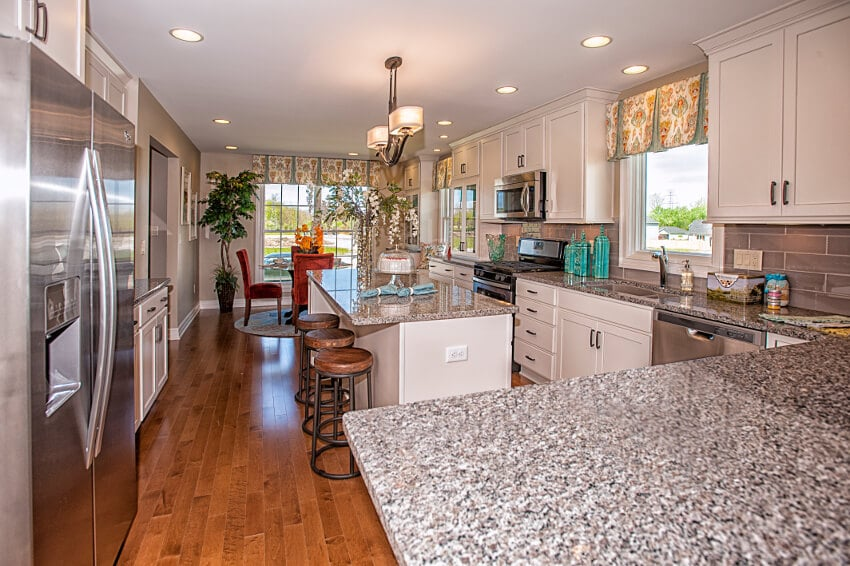 Princeton Estates Model 26-Vista-Kitchen